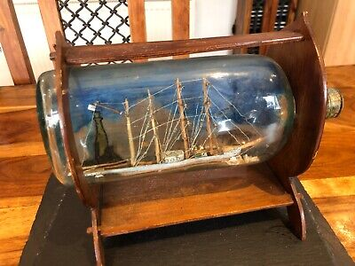 VINTAGE HANDMADE HAND PAINTED SHIP IN A BOTTLE WITH LIGHTHOUSE