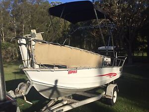 14ft 4.2m Centre console Tinny 40hp Evinrude. Nice boat PRICE DROPPED Coffs Harbour Coffs Harbour City Preview