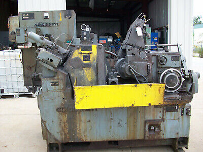 Cincinnati Model 220-8 Centerless Grinder - Stock 8295