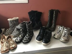 girls shoes,boots-sizes 1,2,3,4,7!!most like new!!2 pr for 20.00