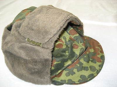 B-W Wintermütze flecktarn, mit Ohrenklappe , Gr. 60