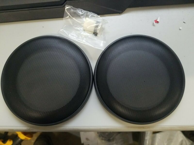 """(2) UNIVERSAL 5.25"""" SPEAKER COVER PROTECTIVE GRILLS PAIR NEW 5 1/4"""""""