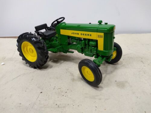 John Deere Model 330 Tractor Diecast Out of Box Green 1:16