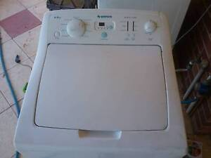 Washing machine simpson 6kg