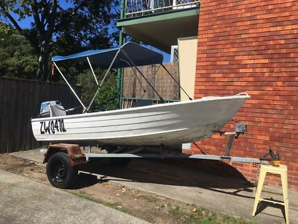 15 Hp Suzuki outboard 12ft tinnie dinghy boat and trailer registered
