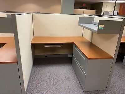 5 X 5 X 54h Cubicles Workstations By Steelcase Kick