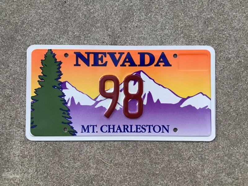 NEVADA - MT CHARLESTON - SOUVENIR - LICENSE PLATE