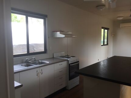 Available 1 Bedroom Demountable for rent