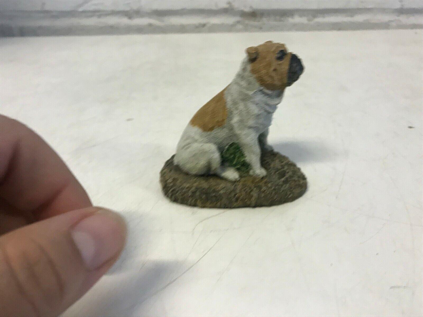 Assis bulldog anglais figurine 1980 m.richardson