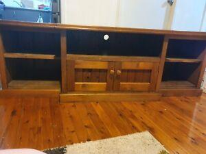 Wooden tv unit good condition