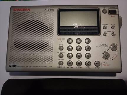Sangean ATS505 Portable Shortwave Receiver