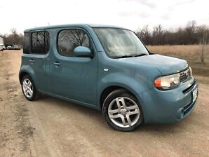 2010 Nissan Cube SL - cute car low kms