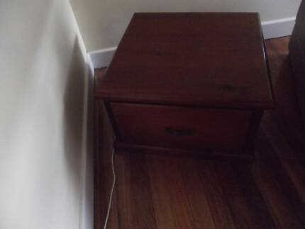 Lamp table for sale