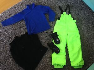 Childrens Quiksilver snow pants size 6/7  , tops and mittens Miami Gold Coast South Preview
