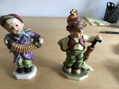 2 Hummel Figures