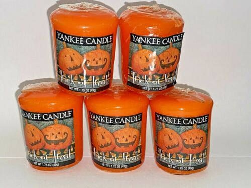 Vintage YANKEE CANDLE Lot of 4 TRICK OR TREAT Halloween ORANGE Votive Candles