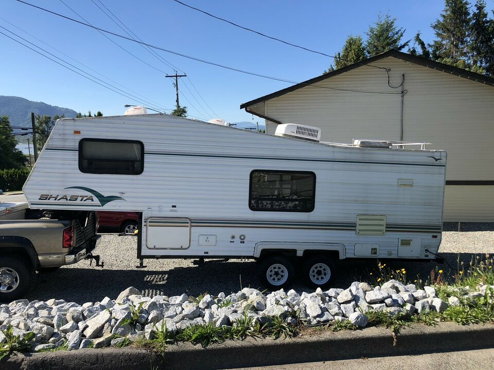 1996 Shasta Fifth Wheel