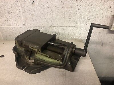 Vintage Kearney Trecker Corp. Milling Machine Vise With Swivel Base 6 Jaws