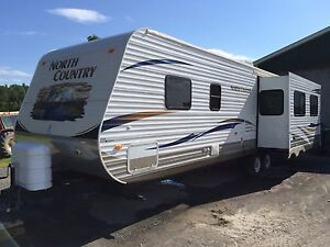 2011 31RETS NORTH COUNTRY HEARTLAND TRAVEL TRAILER