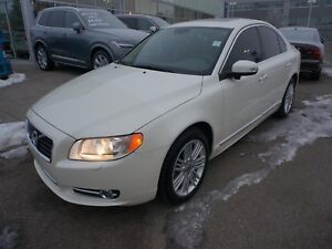 2010 Volvo S80 T6 AWD, great condition!