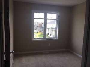 Barrhaven room for rent
