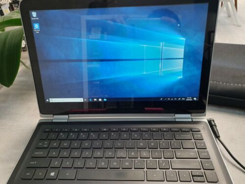 "Laptop Windows - HP Pavillion Laptop 13.3"", 8GB Ram, 1 TB Space, i5-6200 2.3GHz, Windows 10"