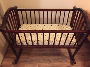 Baby infant solid wood cradle come with free mattress