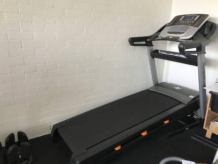 Like NEW! Paid $1700! NordicTrack C500 Treadmill Running Machine