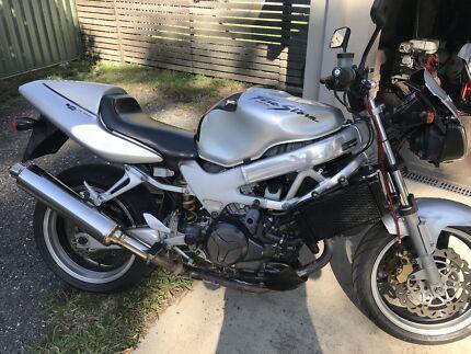 Honda vtr 1000(reduced)