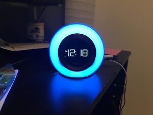 Ihome IBT29 alarm clock