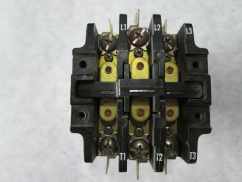 Furnas 42BE35AG320R Contactor with 208/240 Volt Coil (3 Pole, 25 Amp) Series A
