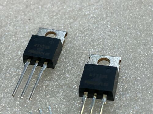 50 PCS   BYV32E-150  Rectifier Diode Switching 150V 20A 25ns 3-Pin TO-220AB Rail