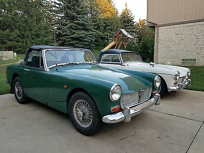 1969 MG Midget Convertible 1969 MG MIDGET  **NO RESERVE AUCTION** VERY RARE GARAGE FIND EXAMPLE
