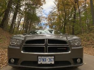 2012 DODGE CHARGER LIKE NEW