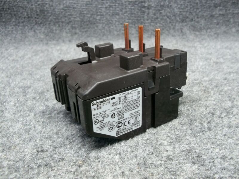 Schneider Electric LR2D3557 3 Pole Overload Relay Control 37-50 Amp Range Tested