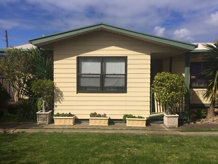 PRICE REDUCTION 3 Bedroom 1970s Timber Transportable Home & Rupus Hillcrest Port Adelaide Area Preview