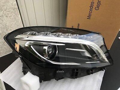 Original Mercedes Benz GLA X 156 Bi Xenonscheinwerfer rechts A1569063200