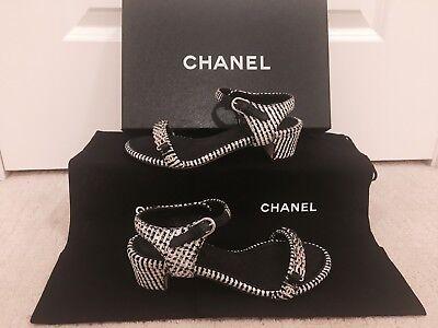 NIB $800+ CHANEL 16P Tweed Ankle Strap Sandals Shoes Black White 34.5 CC Logo