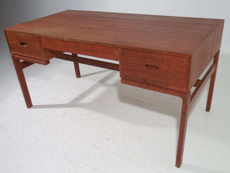 Original Arne Wahl Iverson Teak Desk Mid Century Danish Modern Wegner Era