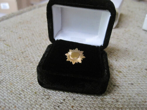 Girl Scout GOLD AWARD PARENT PIN Mini Senior/Amb Highest Award Gift box NEW