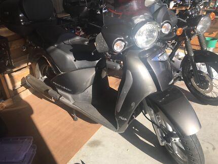 Aprilia Scarabeo 250cc scooter
