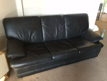 3 Piece Leather Lounge Set - Includes TV!! Bondi Beach Eastern Suburbs Preview