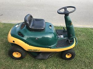 Great Condition MTD YardMan Ride on Mower! Secret Harbour Rockingham Area Preview