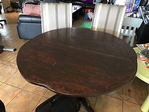 Table et 4 chaise