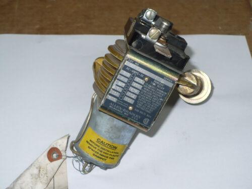 Allen-Bradley 810 Inverse Time Relay, 810-S24C, Series A, NOS