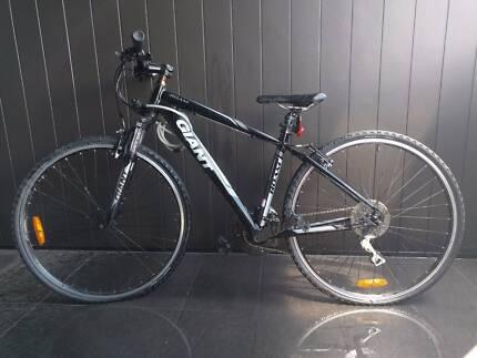 Bicycle (Giant Roam 3)
