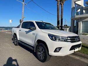 2018 Toyota Hilux SR5 Automatic (4x4)