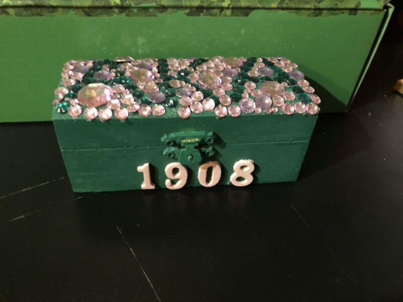 Alpha Kappa Alpha Small Keepsake Box 2nd Edition