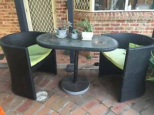 Small outdoor table setting - PICK UP ONLY Maroubra Eastern Suburbs Preview