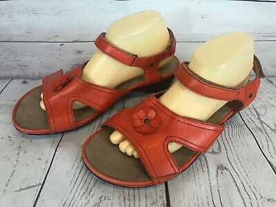 Barefoot Freedom Last Womens Size 10W Orange Leather Sandals Flower Petal 2g6
